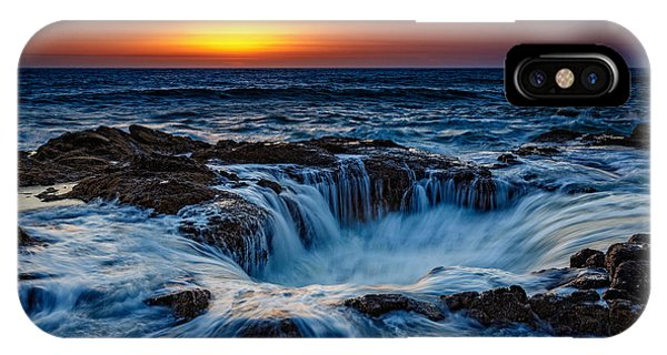Thor's Well IPhone Case