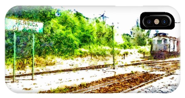 Pylon iPhone Case - Train In Station by Giuseppe Cocco