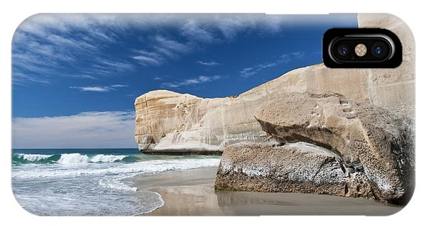 Tunnel Beach 1 IPhone Case