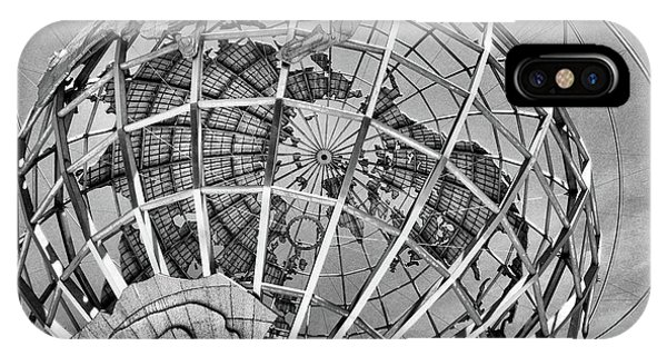 Unisphere In Black And White IPhone Case