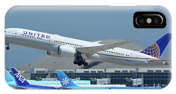 United Boeing 787-9 N27965 Los Angeles International Airport May 3 2016 IPhone Case