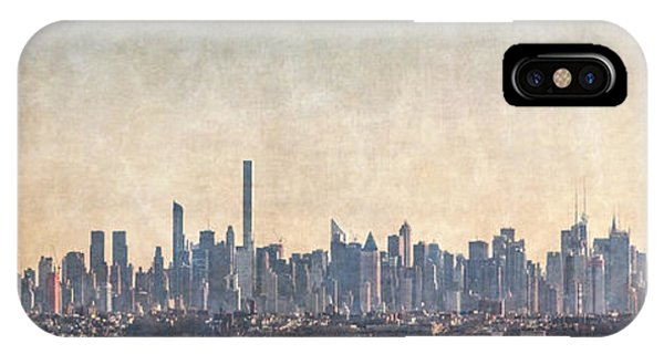 Distant iPhone Case - Urban Panorama by Evelina Kremsdorf