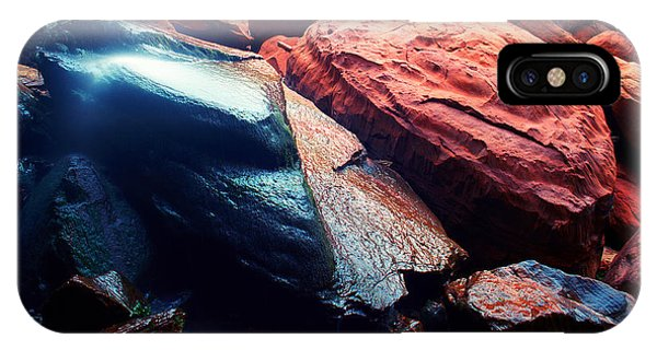 Utah - Emerald Pool Boulders IPhone Case