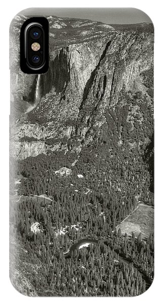 IPhone Case featuring the photograph Valley From Glacier Point by Michael Kirk