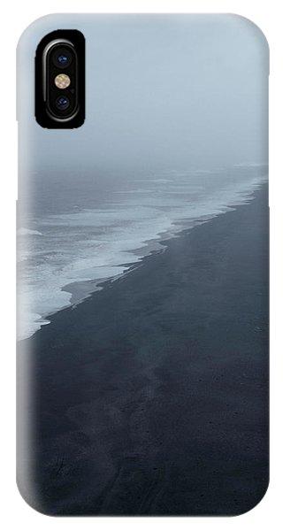 Vanishing Point - Dyrholaey, Iceland IPhone Case