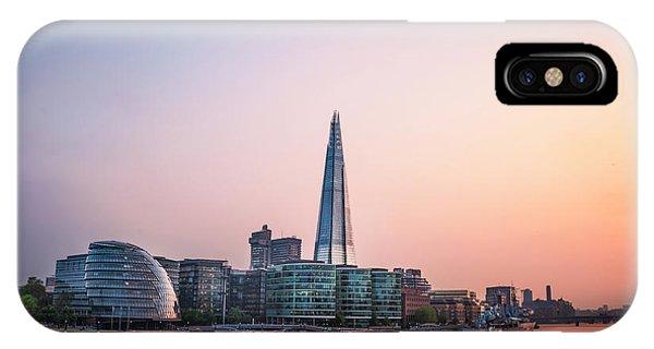 Greater London iPhone Case - Velvet Silence by Evelina Kremsdorf