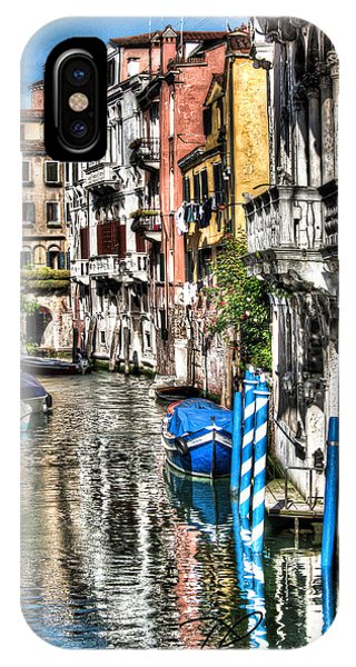 Viale Di Venezia IPhone Case