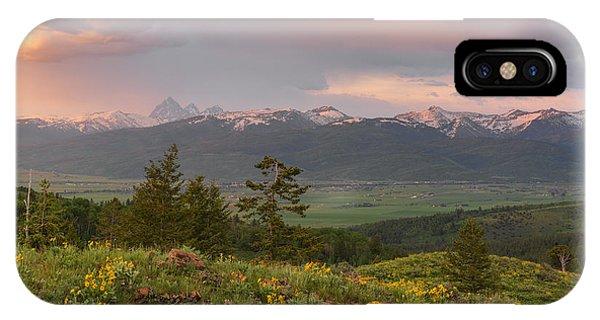 Victor Idaho Sunset IPhone Case