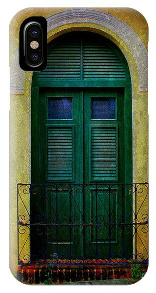 Vintage Arched Door IPhone Case