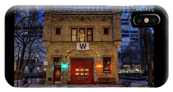 Vintage Chicago Firehouse With Xmas Lights And W Flag IPhone Case