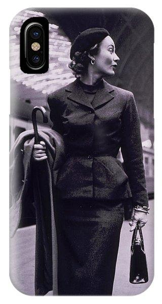 Vintage Fashion Elegant Lady IPhone Case