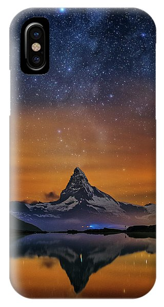 Volcano Fountain IPhone Case