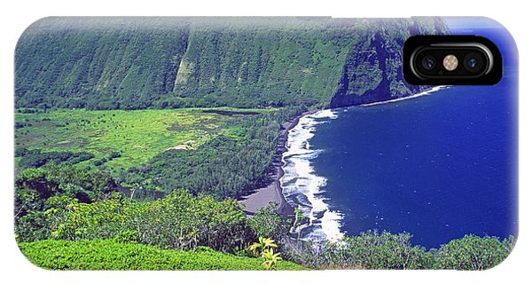 Waipio Valley, Big Island, Hawaii IPhone Case