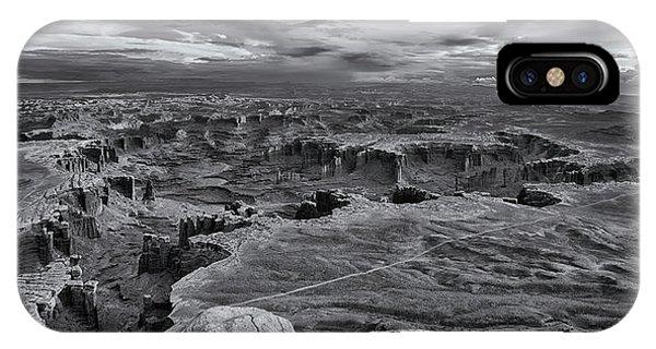 White Rim Overlook Monochrome IPhone Case