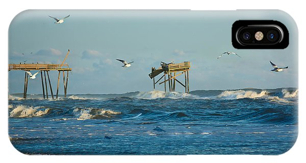 Wild Waves At Nags Head IPhone Case