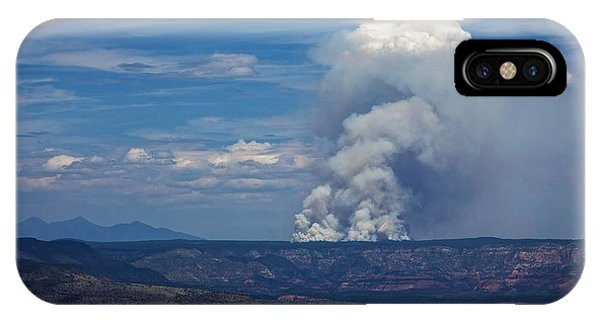 Wildfire Flares Up In Northern Az IPhone Case