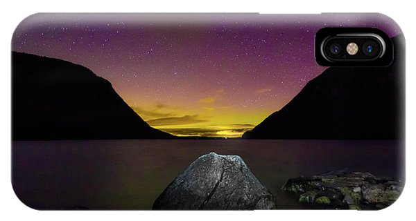 Willoughby Aurora And Boulder IPhone Case