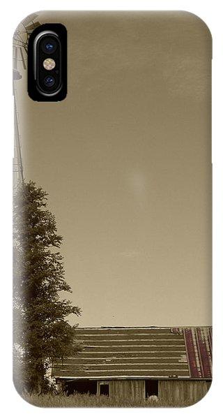Windmill II IPhone Case