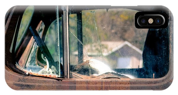 Window In Rural America  Phone Case by Steven Digman