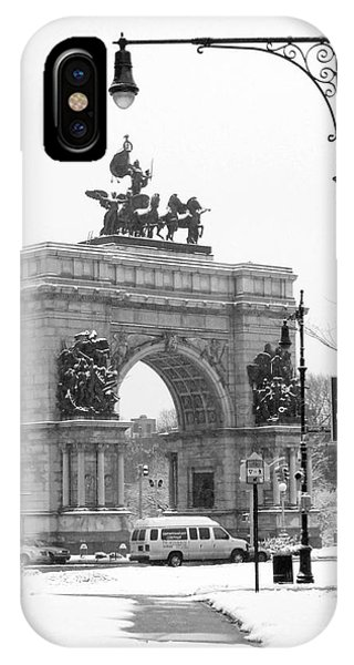 Winter Grand Army Plaza IPhone Case