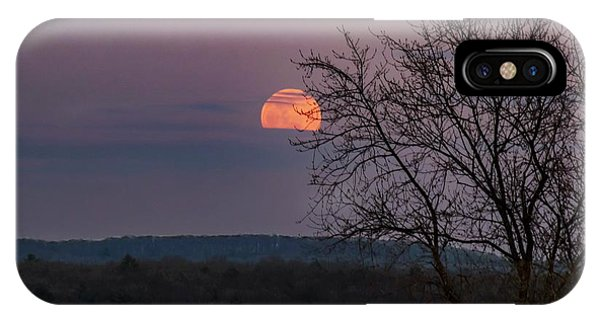 IPhone Case featuring the photograph Winter Moonrise by Sven Kielhorn