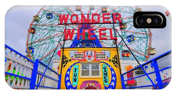 Wonder Wheel IPhone Case