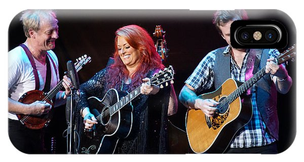 Wynonna Judd In Concert With Hubby Cactus Moser And Band Guitarist IPhone Case