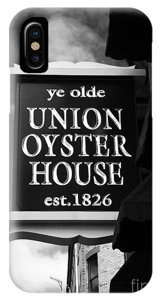 ye olde Union Oyster House Phone Case by John Rizzuto