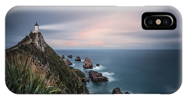 View Point iPhone Case - Follow The Light by Evelina Kremsdorf