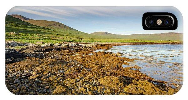 Ben iPhone Case - Loch Na Keal by Smart Aviation