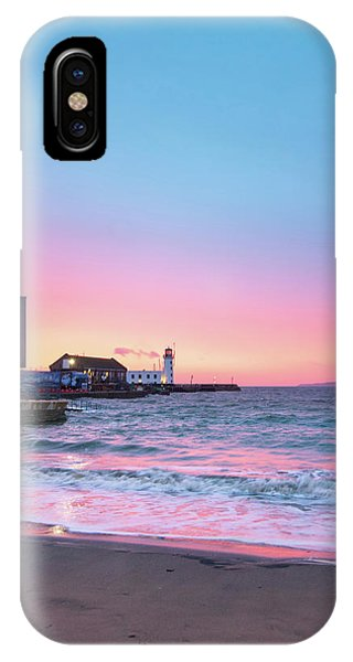 Fishing Boat iPhone Case - Rnli Scarborough by Smart Aviation