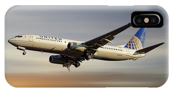 Airline iPhone Case - United Airlines Boeing 737-824 by Smart Aviation