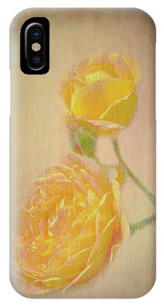 IPhone Case featuring the photograph Yellow Roses by Susan Leonard