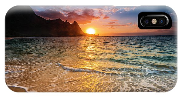 Sunset Over The Na Pali Coast Phone Case by Russ Bishop
