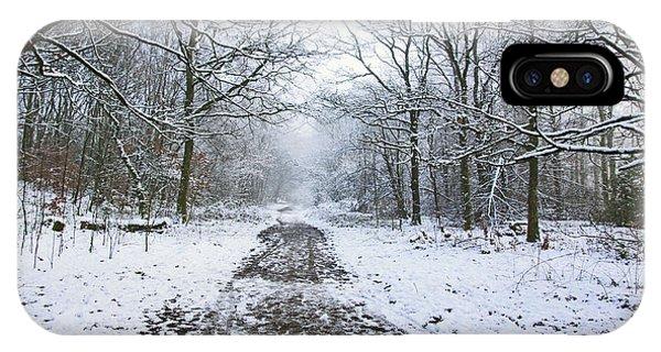 30/01/19  Rivington. Lower Barn. Arboretum Path. IPhone Case