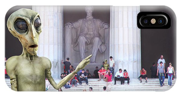 Lincoln Memorial iPhone Case - Alien Vacation - Lincoln Memorial, D C by Mike McGlothlen