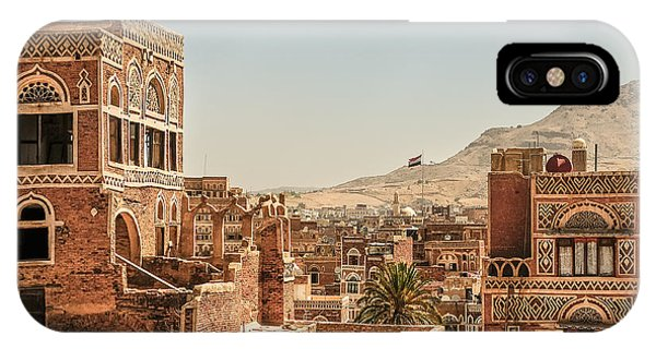 Old Building iPhone Case - Architecture In Yemen by Mohannad Khatib