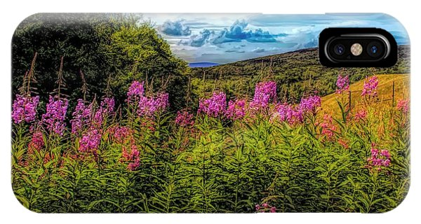 Art Photo Of Vermont Rolling Hills With Pink Flowers In The Fore IPhone Case