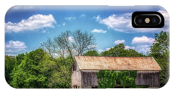 Old Barn iPhone Case - Barn With Ivy by Tom Mc Nemar