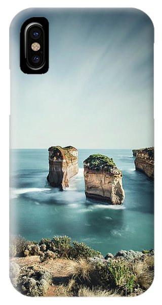 Under Water iPhone Case - Bay Of Solitudes by Evelina Kremsdorf