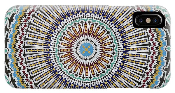 Beautiful Infinity Desgn Mosaic Fountain IPhone Case