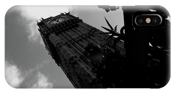 IPhone Case featuring the photograph Big Ben by Edward Lee