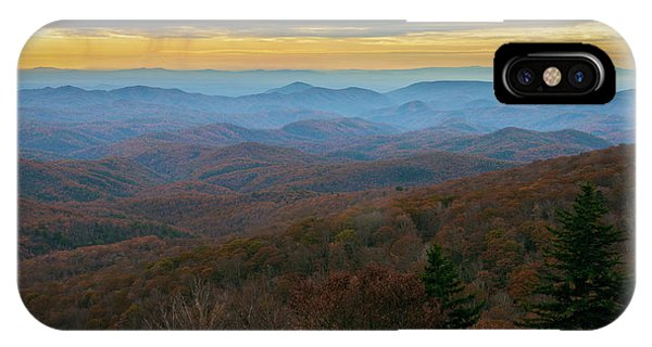 Blue Ridge Parkway - Blue Ridge Mountains - Autumn IPhone Case