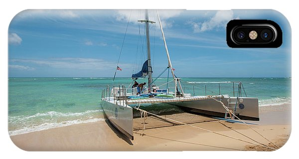 Catamaran On Waikiki IPhone Case
