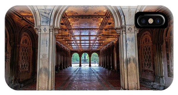 Central Parks Hidden Secret Phone Case by T-S Fine Art Landscape Photography