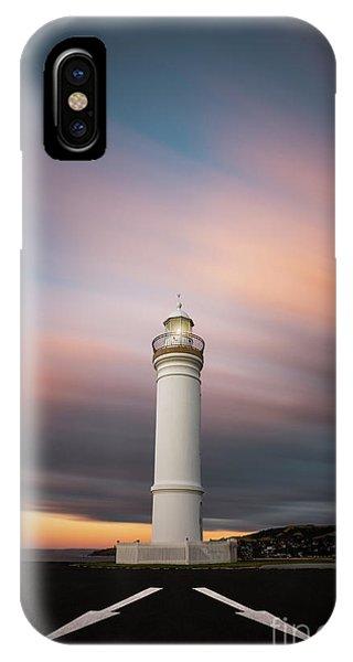 Nsw iPhone Case - Chasing Twilight by Evelina Kremsdorf
