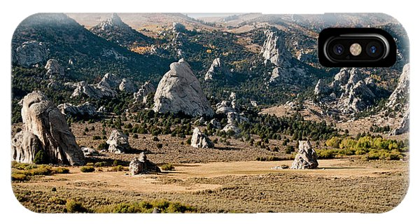 Circle Creek Basin In City Of Rocks Phone Case by William Mullins
