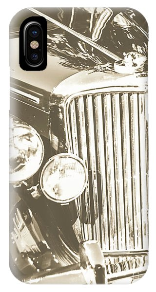 Oldtimer iPhone Case - Classic Car Chrome by Jorgo Photography - Wall Art Gallery