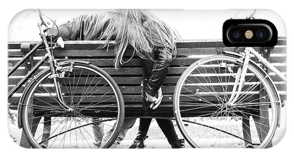 Park Bench iPhone Case - Couple On A Bench - Two Lovers Sitting by Oneinchpunch