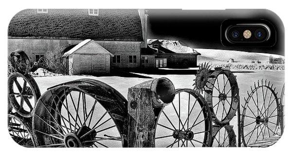 iPhone Case - Dahmen Barn In Winter by David Patterson